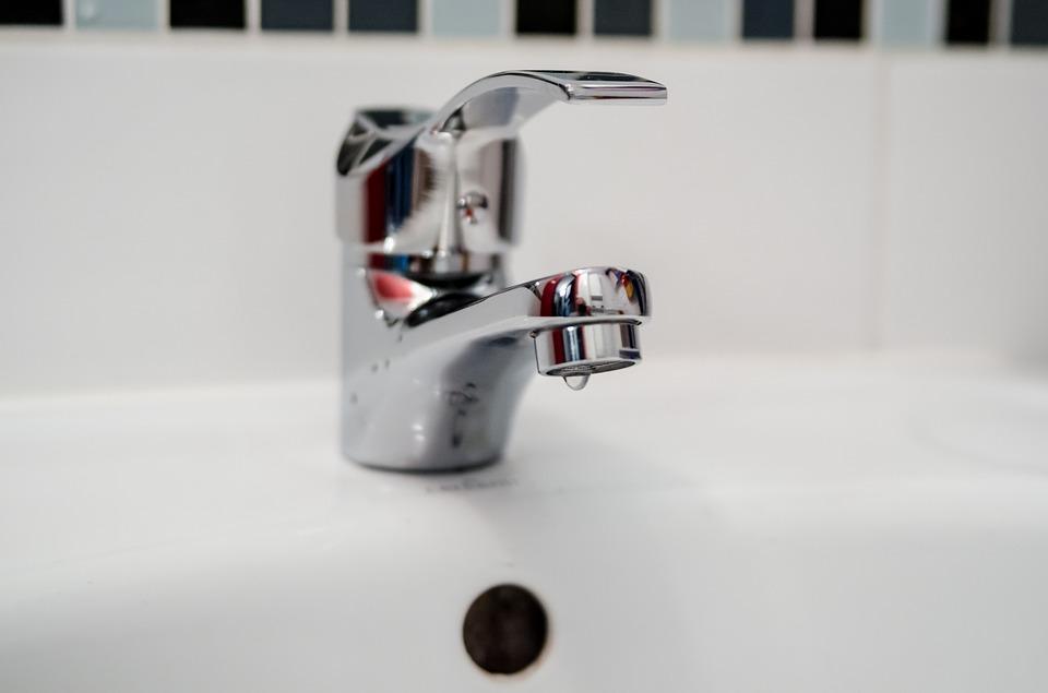 Установка и замена труб водоснабжения